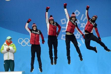 عکسهای جالب,عکسهای جذاب,شادمانی تیم کانادایی
