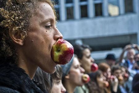 عکسهای جالب,عکسهای جذاب, آزار جنسی زنان