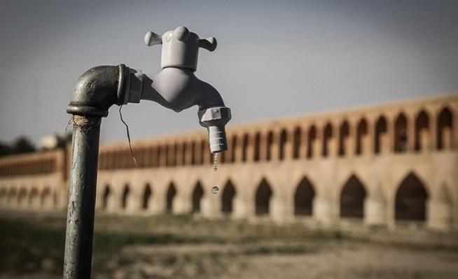 وضعیت آب اصفهان از مرز بحران گذشته است