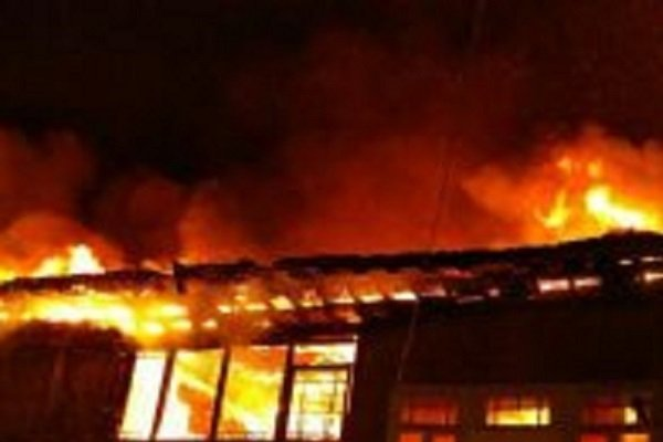 هتل بانک مرکزی در نوشهر دچار آتش سوزی شد