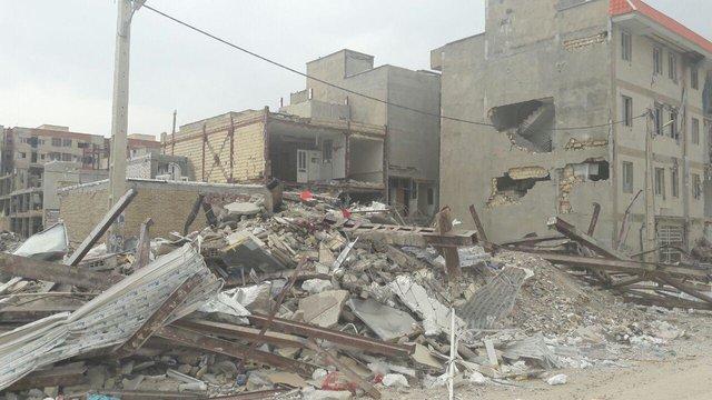 استاندار کرمانشاه: بانکها روی اعصاب زلزلهزدگان راه نروند