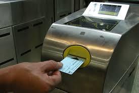 فرمانداری با افزایش نرخ بلیت مترو موافقت کرد/ رانندگان تاکسی فعلا حق افزایش کرایه ندارند