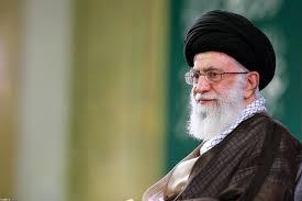 رهبر معظم انقلاب: ملت ایران خسته و ناامید نیست/ کسانی که عادت به سفرهای خارجی دادند، این عادتها را ترک کنند