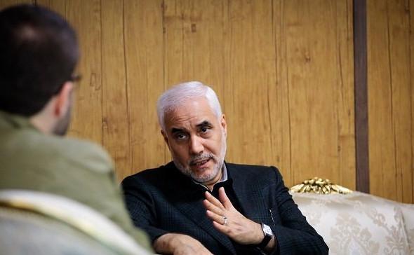 استاندار اصفهان: ۲۵۰ چاه از باغداران اصفهان برای تامین آب شرب مردم خریداری شده است