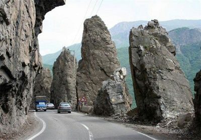 جاده چالوس در نخستین روز تابستان یکطرفه میشود / آغاز سفرهای تابستانه به مازندران