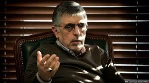 کرباسچی: نقش احزاب در ایران شبیه شوخی است