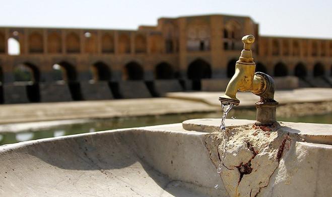 خشکسالی، کمبود آب و طعم نامناسب آب شرب اصفهانیها