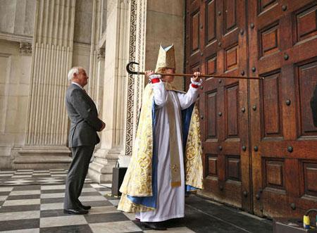 عکسهای جالب,عکسهای جذاب , اسقف زن