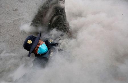 عکسهای جالب,عکسهای جذاب,افسر پلیس
