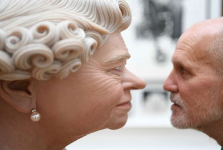 عکسهاي جالب,عکسهاي جذاب,مجسمه ملکه انگليس