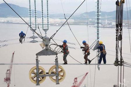 عکسهای جالب,عکسهای جذاب,اداره برق چین