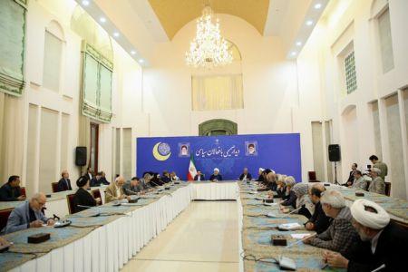 روحانی: در شرایط سختی قرار داریم/ باید تصمیماتی بگیریم که باعث خوشحالی مردم شود