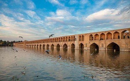 علت استشمام بوی گاز در مسیر رودخانه زایندهرود مشخص شد