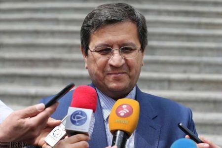 همتی: ایران و روسیه دلار و سوئیفت را دور میزنند