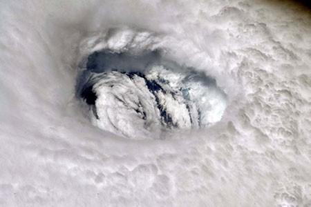 عکسهای جالب,عکسهای جذاب , فضانورد ناسا