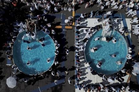 عکسهای جالب,عکسهای جذاب,مراسم تعمید