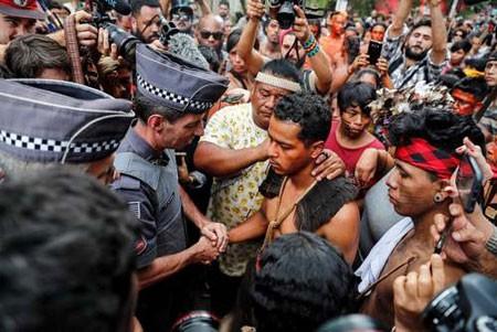 عکسهای جالب,عکسهای جذاب,بومیان برزیلی