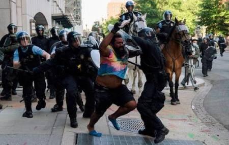 عکسهای جالب,عکسهای جذاب, معترضان