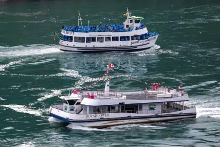 عکسهای جالب,عکسهای جذاب, قایق توریستی
