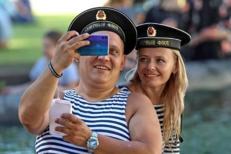 عکسهای جالب,عکسهای جذاب, زوج ملوان روسی