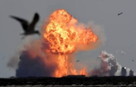 عکسهای جالب,عکسهای جذاب,منفجر شدن فضاپیمای