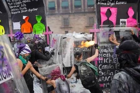 عکسهای جالب,عکسهای جذاب, فعالان جنبش زنان