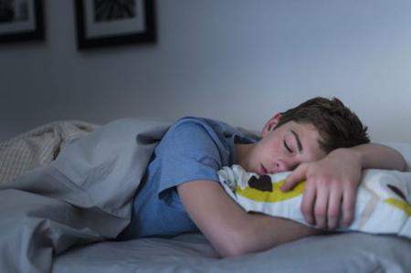اختلال خواب نوجوانان,دلایل اختلال خواب نوجوانان,دلایل اختلال خواب نوجوانان چیست