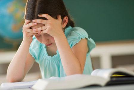 چگونه با مشق ننوشتن بچه ها برخورد کنیم؟