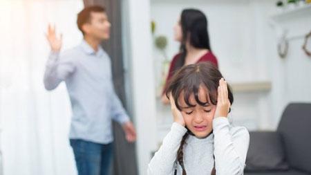 خشونت خانگی,خشونت خانگی چیست,خشونت خانگی چیست و چطور میتوان با آن مقابله کرد