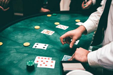 اعتیاد به قمار ,اعتیاد به قمار چیست,نشانههای اعتیاد به قمار