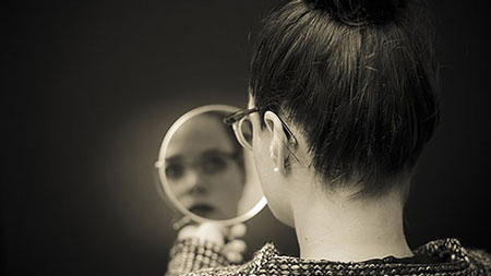 چگونه خود را بشناسیم,خودشناسی چیست,فواید خودشناسی