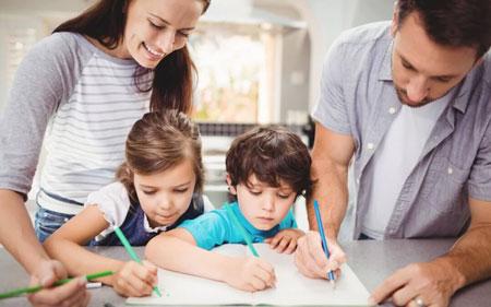 نقش والدین در امور تحصیلی فرزندان چگونه باید باشد؟