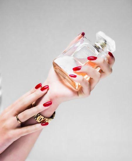 کادو گرفتن ادکلن , رابطه عطر و جدایی , هدیه دادن عطر