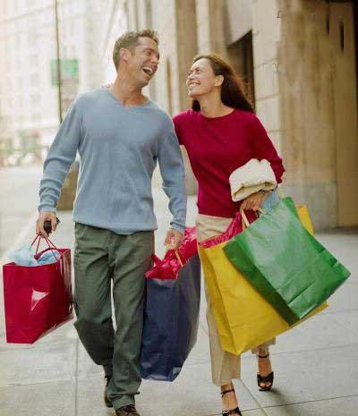 خرید رفتن ,خرید رفتن با زنان,تفاوت زنان و مردان در میزان خرج کردن