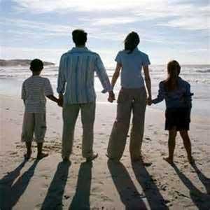 شناخت خانواده,اعضای خانواده ,روابط یک خانواده