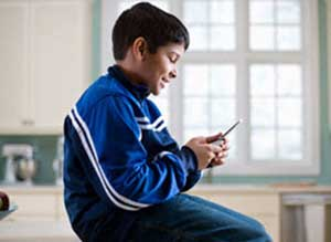 تلفن های همراه,استفاده از تلفن همراه در کودکان