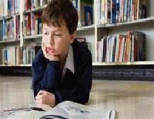 بی علاقه به مطالعه ,میل به مطالعه,کتاب خواندن