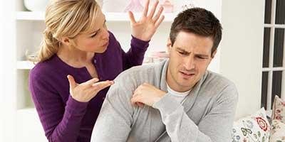 شوهرم دروغگو است و من به او شک کرده ام