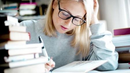 دلایل خواب آلودگی هنگام مطالعه