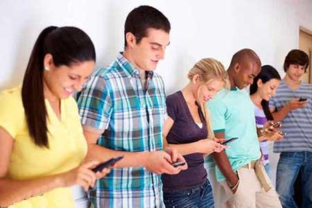 معتاد بودن به موبایل بازی