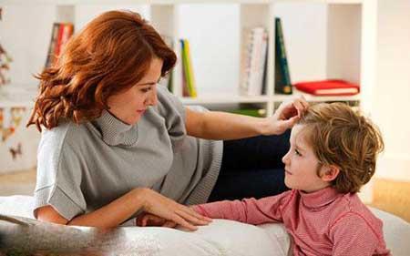 از کودکی آداب گفتوگو را به کودکانمان بیاموزیم