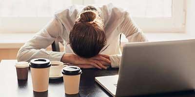 استرس کاري چه نشانه هايي دارد