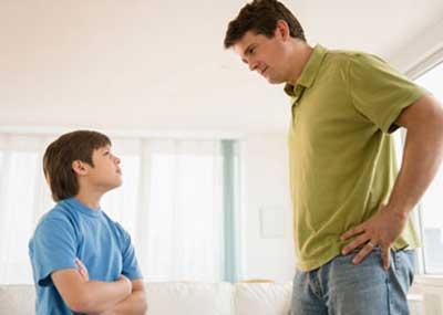 برخورد والدین با فرزندان