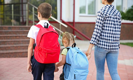 مدرسه رفتن