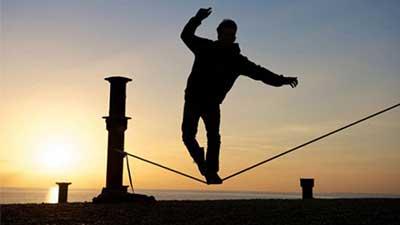 برقراري تعادل ميان کار و زندگي