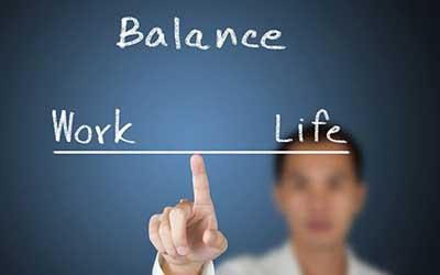 تعادل ميان کار و زندگي
