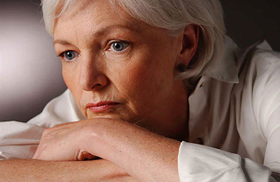 دلیل بی حوصلگی زنان بالای ۵۰ سال و تمایل شوهرشان به ازدواج مجدد چیست؟