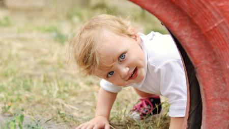 خاطرات کودکی, به یاد نیاوردن خاطرات کودکی,چرا خاطرات کودکی را به یاد نمیآوریم