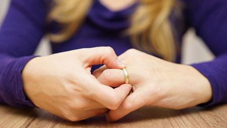 نشانههای خیانت زنان,خیانت زن,خیانت زن به شوهر