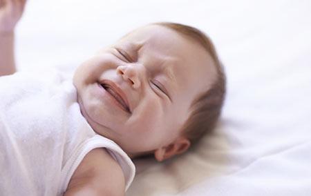 دعا برای رفع گریه کودک,دعا برای رفع بی تابی کودک,دعا برای رفع گریه نوزاد